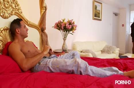 Эшли Пейдж одела сексуальное белье и муженек не устоял