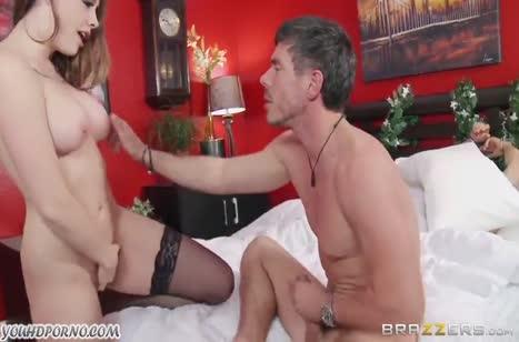 Шанель Престон сама обезвредила грабителя и развела его на порно №6